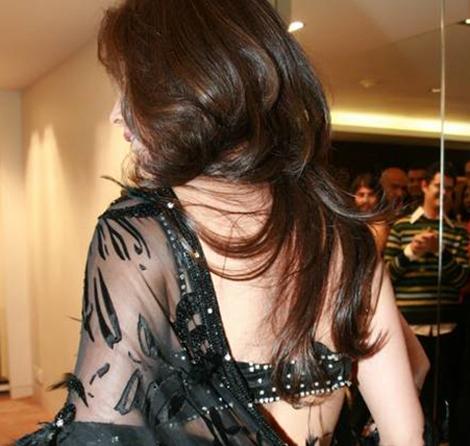 Desi+Hot+Model+Blouse+Back+Pictures002