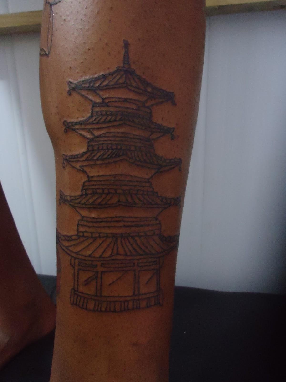tattoo templo oriental