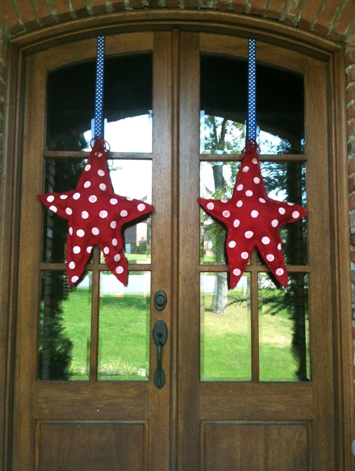 calling all sleepyheads easy burlap patriotic door decor