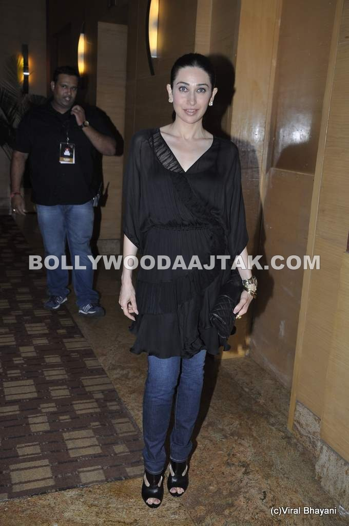 Karisma Kapoor Lakme Fashion Week - Karisma Kapoor at Manish Malhotra Show Lakme Fashion Week