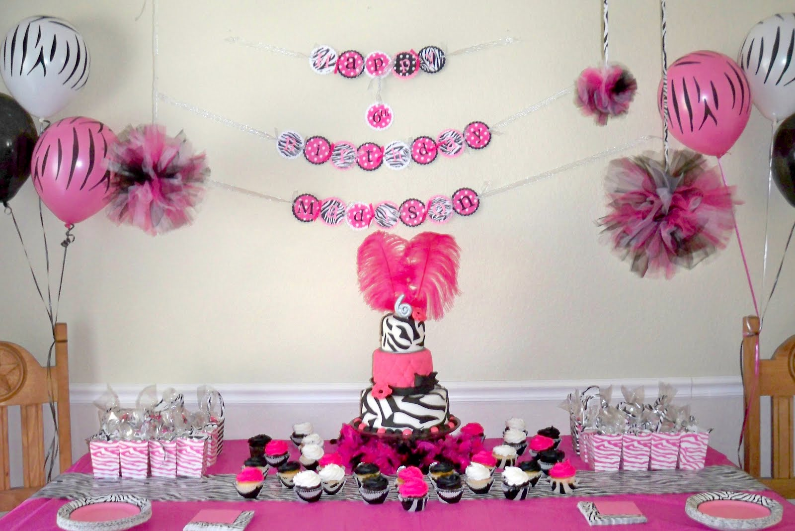 My creative way tutorial tulle pom poms diy tulle puffs for B day party decoration ideas