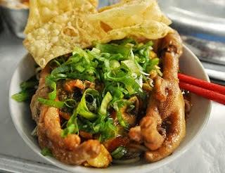 Resep Cara Membuat Mie Ayam Ceker Spesial Enak