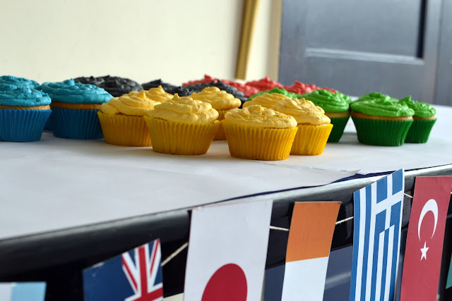 olympic ring cupcakes olympic party