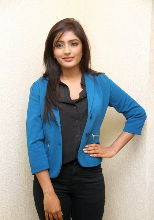 Actress Eesha Latest New Pics