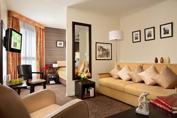 #2 Livingroom Tiles and Carpet Ideas