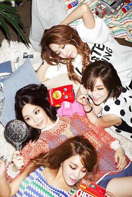 Brown Eyed Girls Black Box Concept Photo