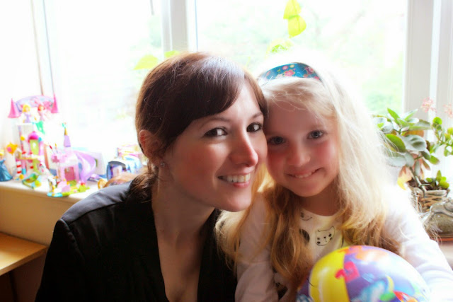 mum-and-daughter-together-todaymyway.com