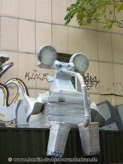 berlin, streetart, graffiti, kunst, stadt, artist, strassenkunst, murals, werk, kunstler, art, bosso fataka