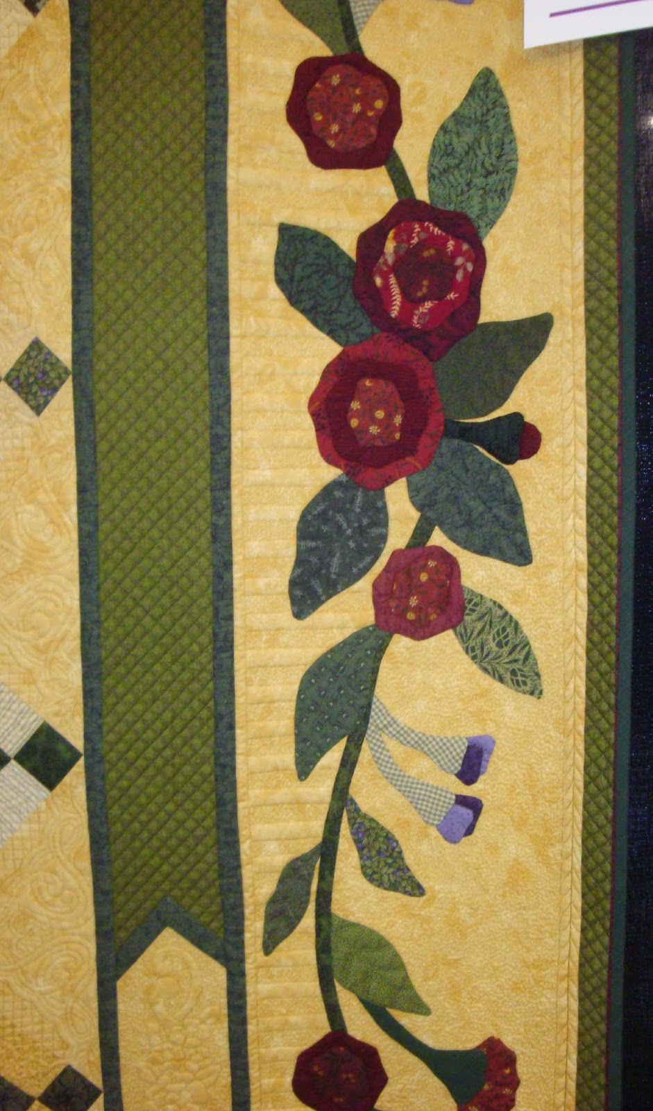 FABRIC THERAPY: 2014 AQS Grand Rapids Quilt Show...Part Four... : grand rapids quilt show - Adamdwight.com