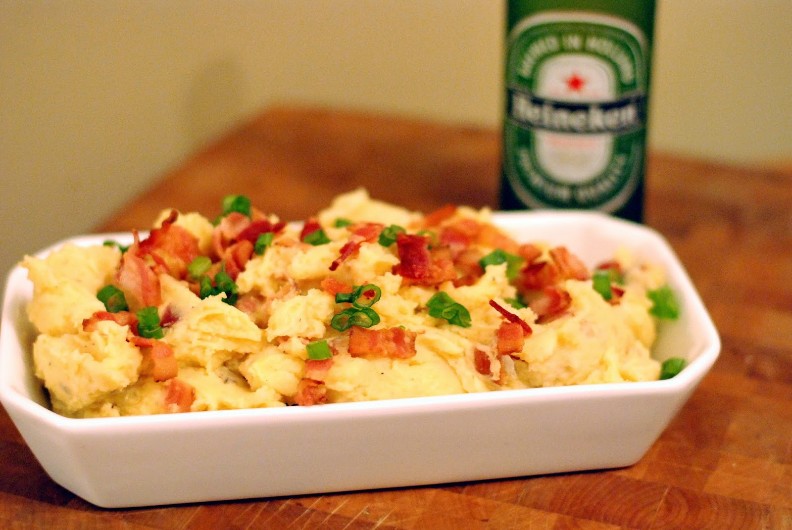 Smoked Chicken With Cheddar/Beer Sauce Over Mashed Potatoes Recipes ...