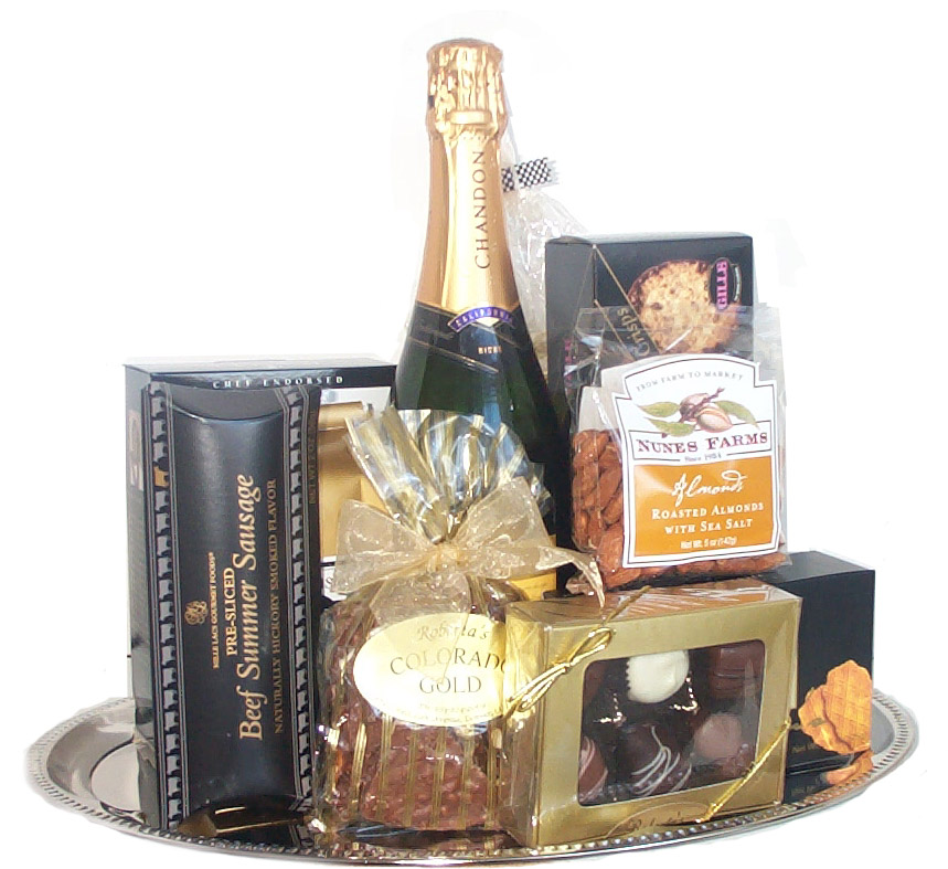 Make Any Guest Feel Like A VIP with A Hotel Gift Basket