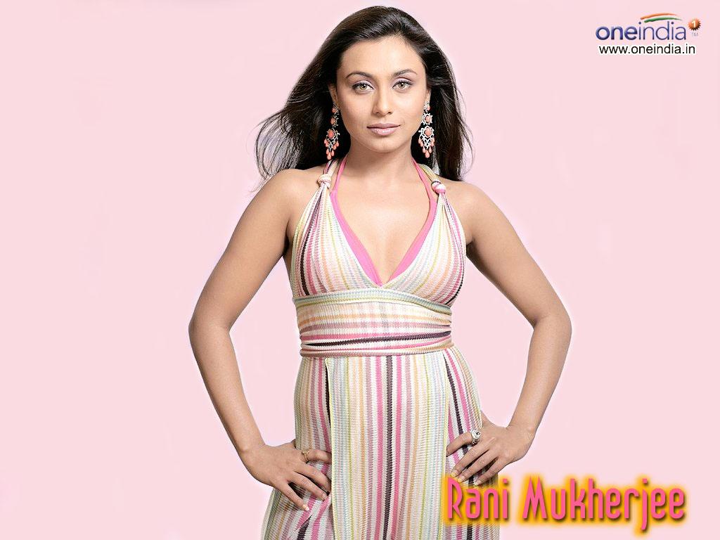 http://3.bp.blogspot.com/-j-D7GZrVkvg/ToV26qdZzyI/AAAAAAAAI1M/7l5G1UUWNns/s1600/Actress+Rani+Mukherjee+Hot+Wallpaper+3.jpg