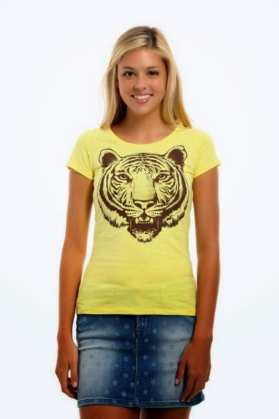 Simple Casual T-Shirt Fashion for Girls
