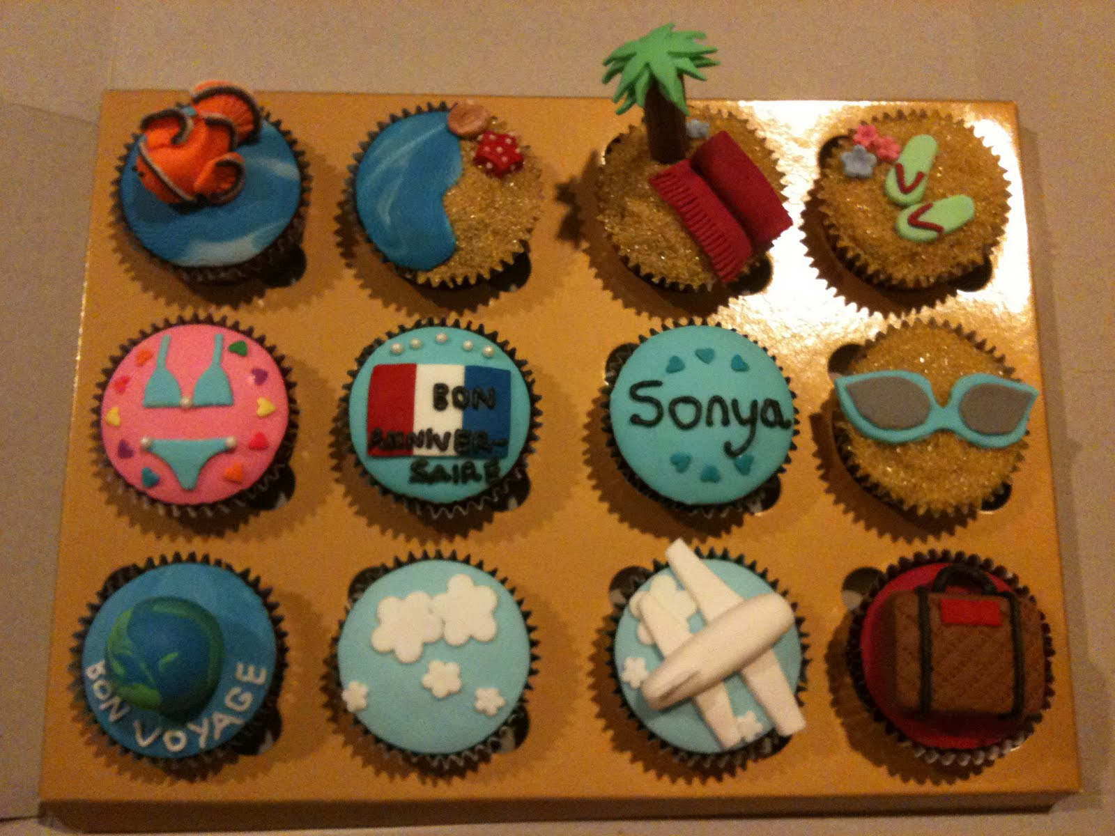 how to travel with cupcakes
