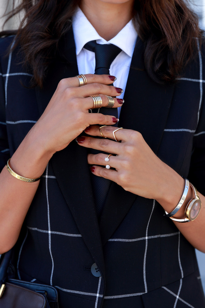 Gold armparty layered rings