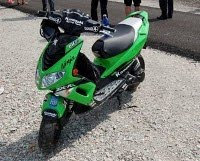 kawasaki ninja scooter.jpg