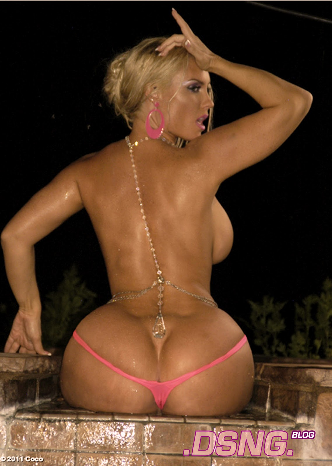 Nicki minaj naked big ass