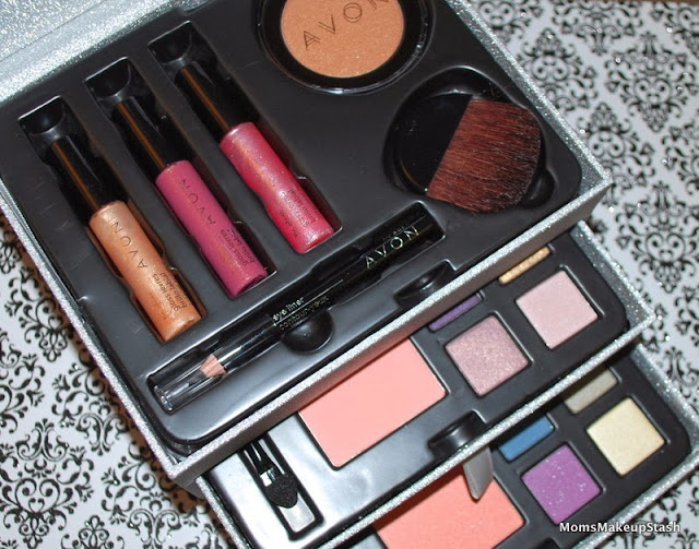 Review: Avon Gilded Treasures Makeup Set - Moms Makeup Stash