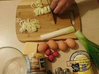 Sałatka porowa sałatki surówka por porowa z kukurydzą i majonezem sałatka  przepis na przyjęcie zimna płyta goście parapetówka
