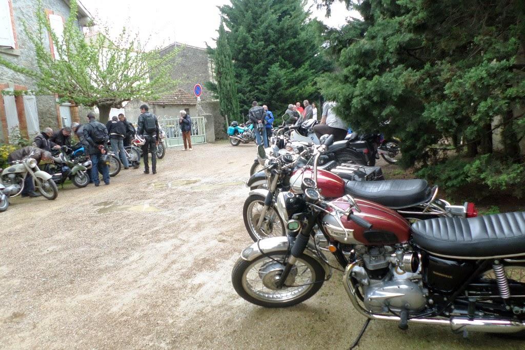 Club5a sortie motos cavanac for Garage moto ouvert le dimanche