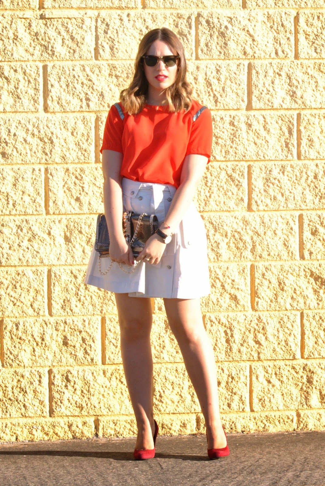 The trench-skirt
