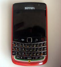 BlackBerry Bold 9700 Ferrari Edition