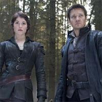 """Jeremy Renner y Gemma Artenton son """"Hansel y Gretel Cazadores de Brujas"""""""