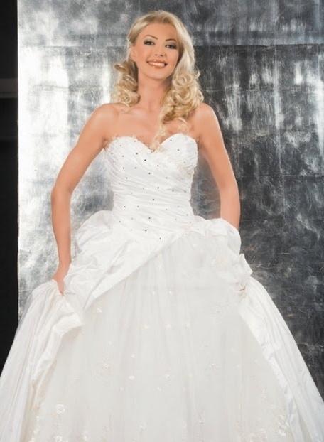 Romanian brides my blog - Traditional style wedding romania ...