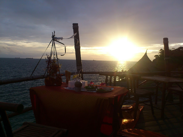 Свадебный ужин на море