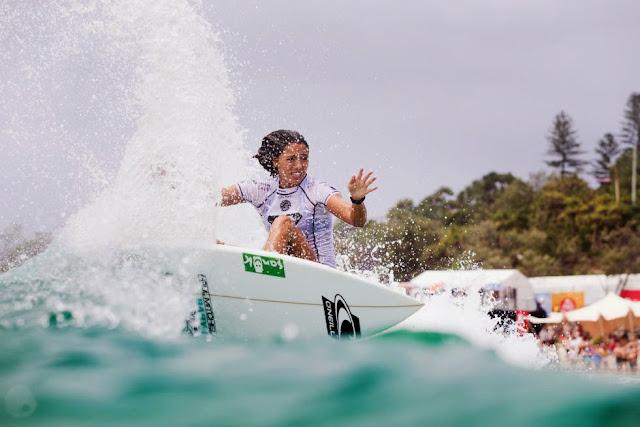 4 Roxy Pro Gold Coast 2015 Malia Manuel Foto WSL Kelly Cestari