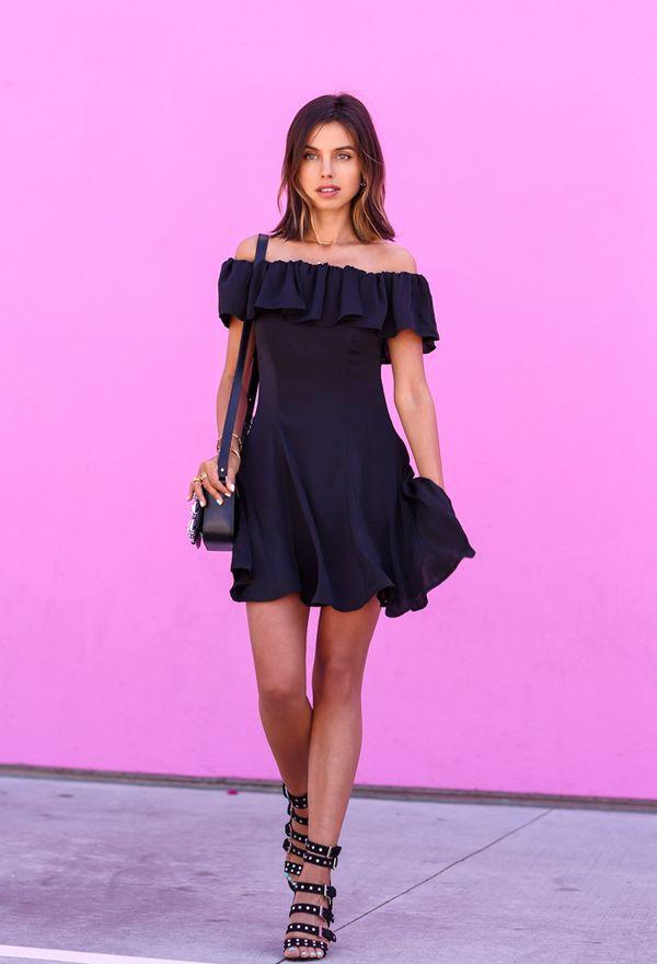 Moda, Vestidos y calzado