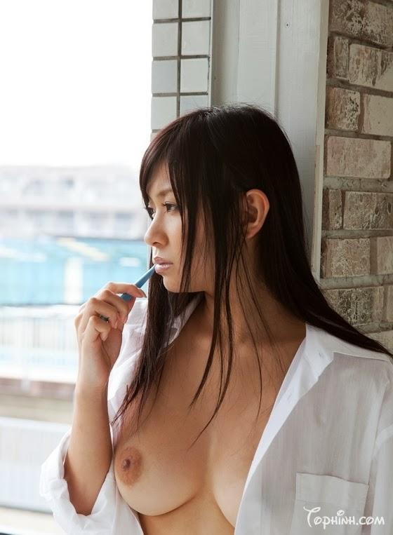 Ảnh sex khoả thân vú to, lồn đẹp Nana Ogura 1