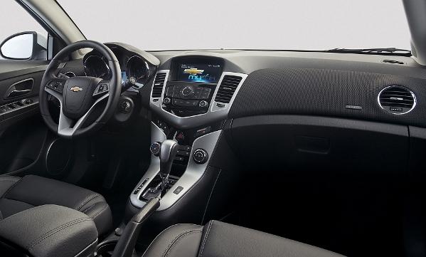 a car Chevrolet Cruze 2014