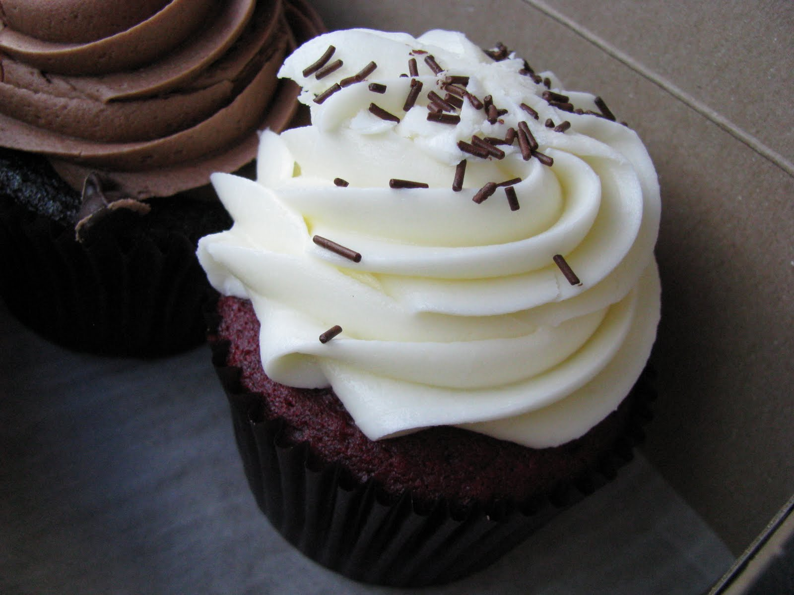 ... Food: Chiffono's Bakery and Cafe - My Favorite Red Velvet Cupcake