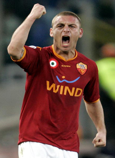 Manchester City Transfer De Rossi from AS Roma