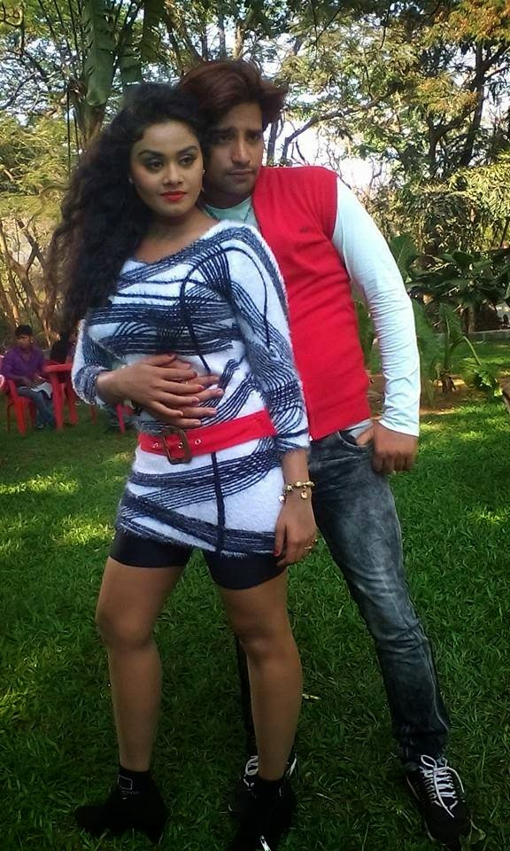 Rakesh Mishra and Bhojpuri  Actress Tanushree chatterjee Hot IMage