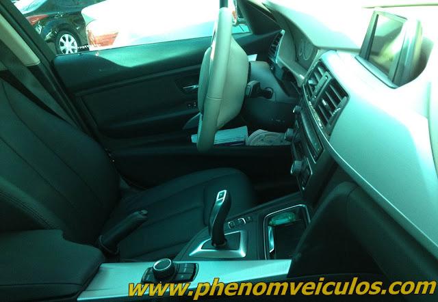 2013 BMW 320i - interior