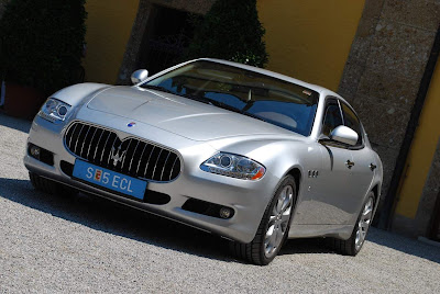Maserati-Quattroporte-S-Luxury-Car