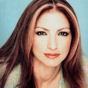 Gloria Estefan - Wepa Lyrics