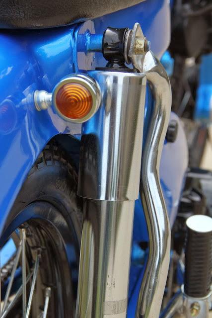 Foto Modifikasi Honda Grand Keren Desain Klasik ala C70
