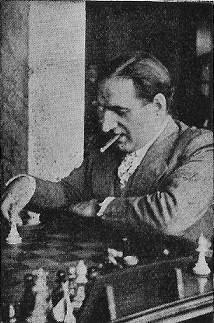 José Sanz Aguado jugando ajedrez