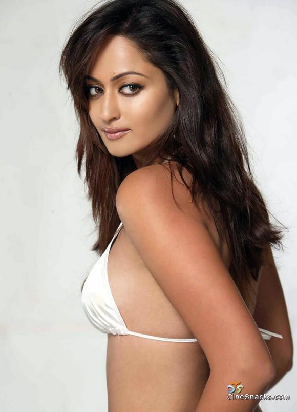 , Kaveri Jha Hot Photo Gallery