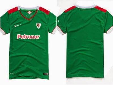 El color principal de la camiseta es el verde con detalles blancos y rojos  en las zonas del cuello 47b59a3288866
