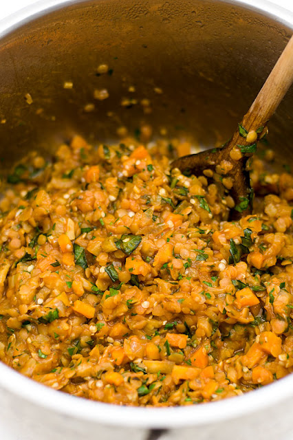 Red lentils with carrots and basil