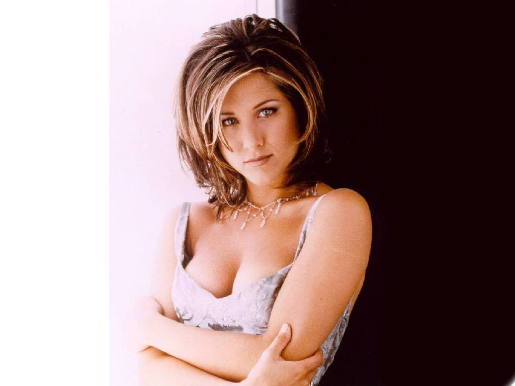The teach Zone: Jennifer Aniston Before And After Plastic Surgery
