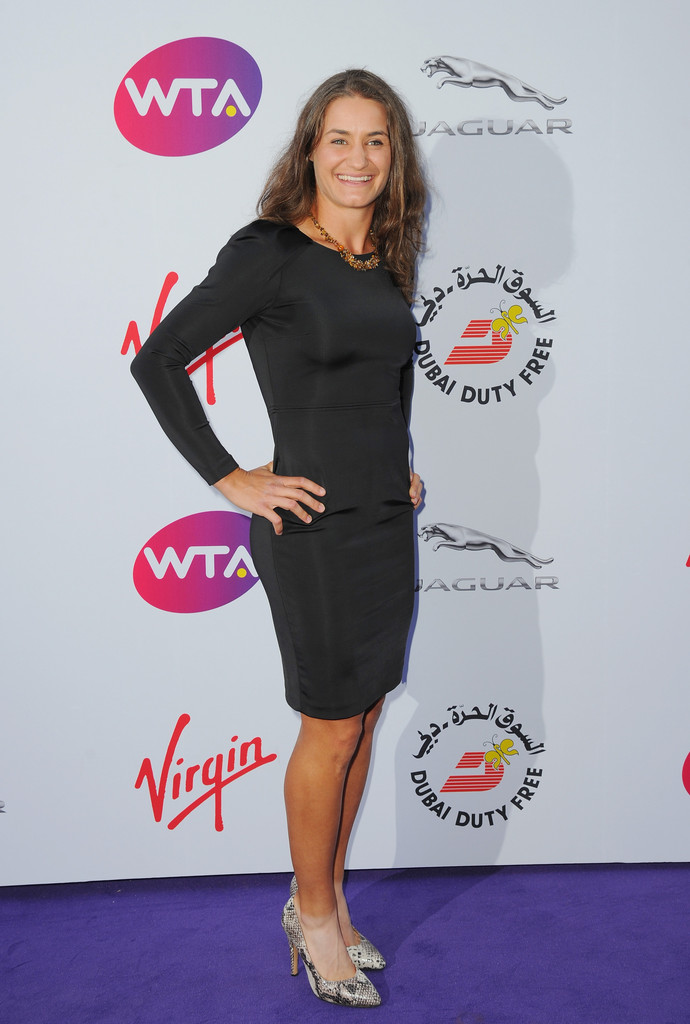 Hot: WTA stars dress up for Pre-Wimbledon Party | MR.SPORT Laura Robson Pants