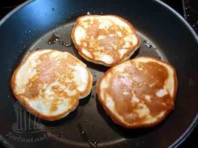 Pfannkuchen mit Aepfeln