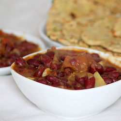 red beans curry spices with flatbread or rice