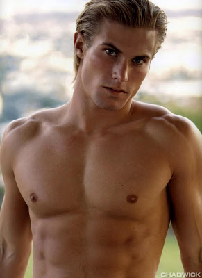 Chris Austad, all shirtless and beautiful