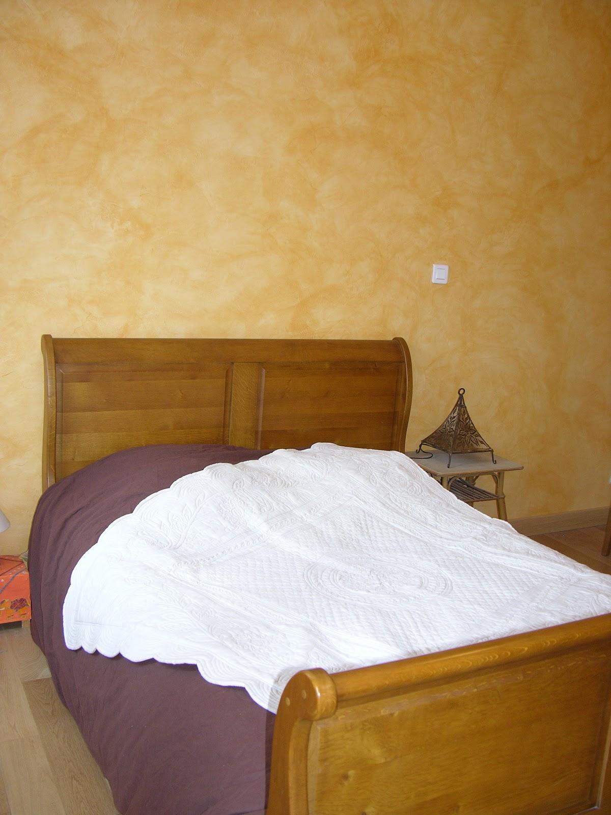 g te fleur de capucine tarifs. Black Bedroom Furniture Sets. Home Design Ideas